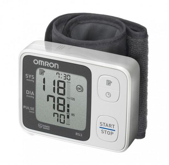 tensiomètre électronique au poignet omron rs3
